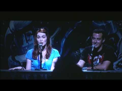 "Felicia Day from ""THE GUILD"" gets asked about her carpet @ Blizzcon 2009 (UNEDITED)!"