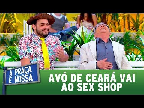 Avó de Ceará vai ao sex shop | A Praça é Nossa (07/09/17)