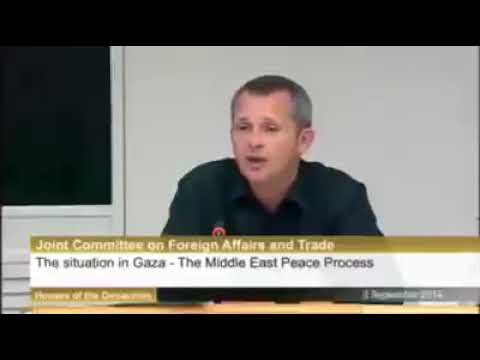 Irish politician Richard Boyd challenges the Israeli ambassador and shocked everyone in the hall!