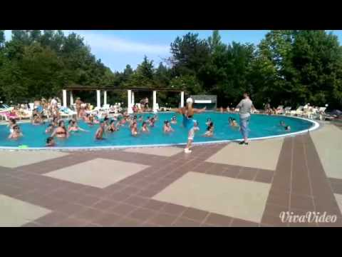Aqua Zumba® Russian Love with Sanda Kruger