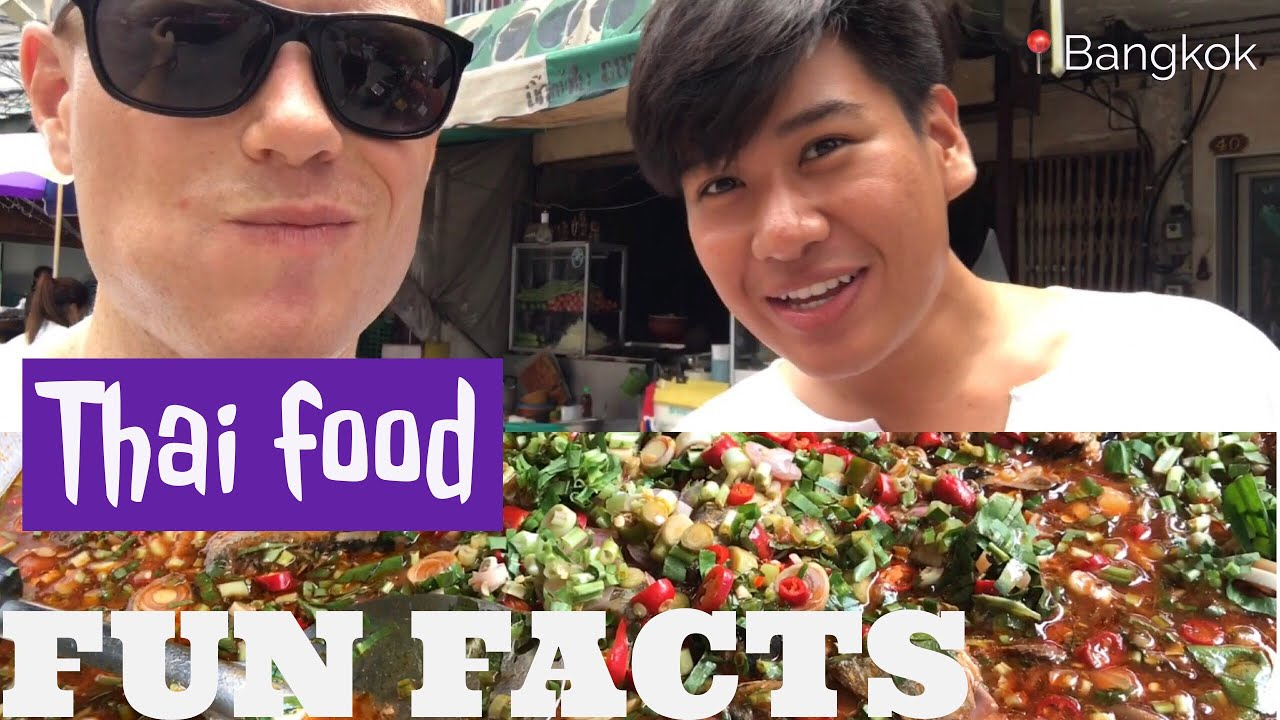 How to Eat Thai Food SOUTHERN STYLE ? Streetfood Street Tour + History w/a Local | Bangkok Vlog 06
