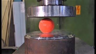 Crushing deep freezed stuff with hydraulic press