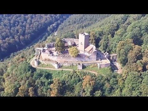 Die Burg Landeck / Pfalz - aus der Luft - YouTube