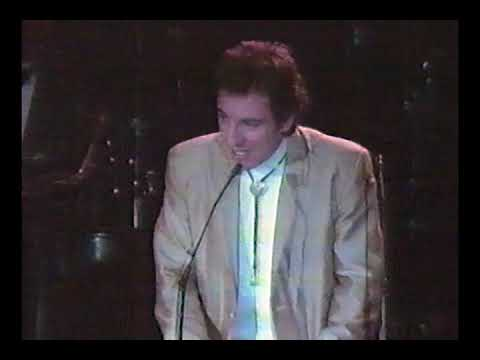 bruce-springsteen:-inducts-roy-orbison-to-rock-and-roll-hall-of-fame-1987