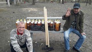 На что готов мужик ради 50 литров пива / Уборка детской площадки 18+