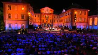 Andre Rieu - Roses from the South (Trailer).flv