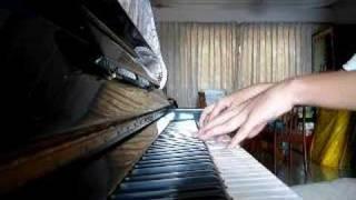 范玮琪 - 是非题 (piano)