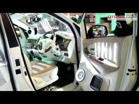 Modifikasi Toyota Innova by Club Option