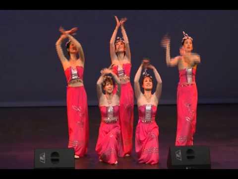 潘桃 广东总会艺术团---蒙古舞:父亲的草原,母亲的河,傣族舞:彩云之南,
