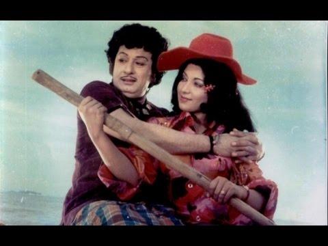 Meenava Nanban Tamil Super Hit Movie  Starring:M.G.R,Latha & Other