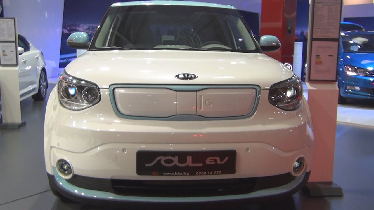 kia soul ev 81 kw 2wd automatic 2016 exterior and interior in 3d youtube. Black Bedroom Furniture Sets. Home Design Ideas