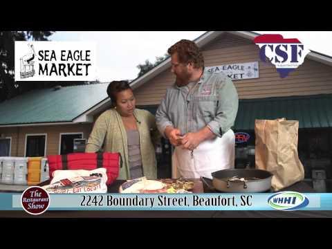 RESTAURANT SHOW | Sea Eagle Market: Fried Blue Crab | 12-19-2013 | Only on WHHI-TV