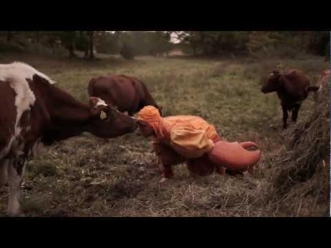 Little Gang - Ah haa ha (Official HD)