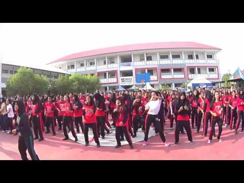 SMK Telkom Sandy Putra Makassar part 1 - Zumba School with Yamaha