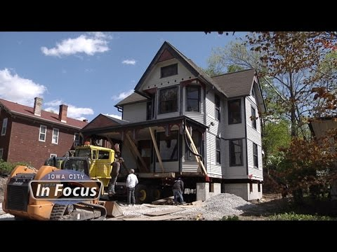 Iowa City In Focus - Historic House Move
