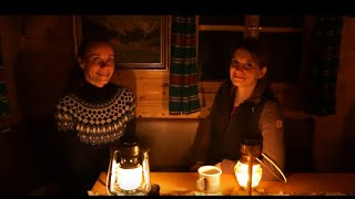 🌳🏡🌲Forest Hut🦊#13 Live your dream 🏕️Talkround with Katja + overnight stay - Peace Love and Om