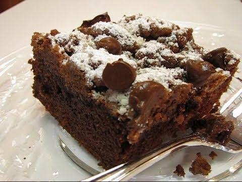 Betty's Best-Ever Chocolate Crumb Cake