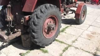 bir traktor ta'mirlash