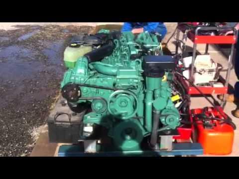 Volvo Penta KAD44EDC - YouTube