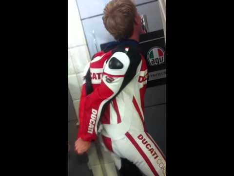How not to get out of one piece leathers