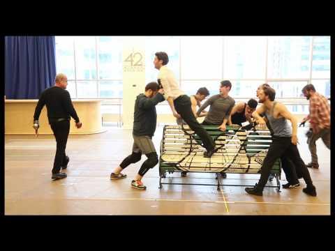 """FINDING NEVERLAND in Rehearsal: Matthew Morrison & Kelsey Grammer Sing """"Hook"""" & """"Stronger"""""""