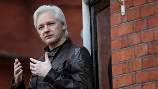 UK signs US Assange extradition request