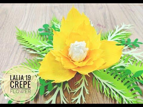 Lalia 19 crepe DIY Crepe Paper flower backdrop