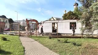 """В Пинске демонтировали здание известного детского кафе """"Сказка"""""""