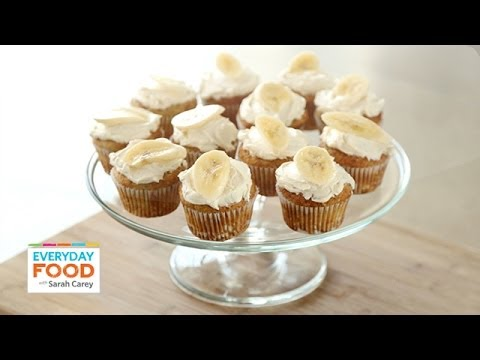 Banana Cupcakes with HoneyCinnamon Frosting Everyday Food with Sarah Carey