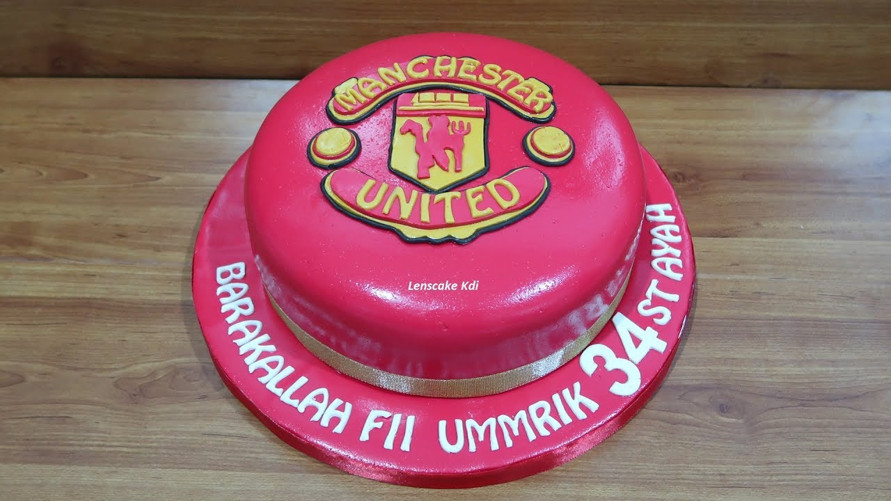 How To Easy Make Manchester United Cake Youtube