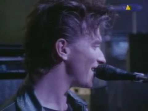 Depeche Mode - Just Can't Get Enough (Live At The Pasadena Rose Bowl).mpg