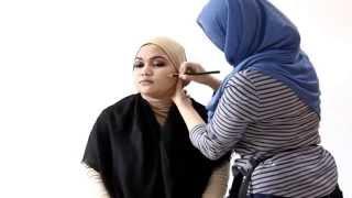 Makeup Tutorial: Aplikasi Shading Untuk Koreksi Wajah Bulat