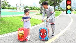 Boram se embarca para ir a la escuela 보람이의 아침일상 학교가기