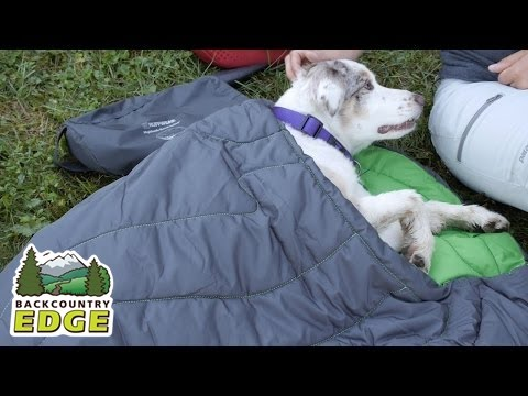 Ruff Wear Highlands Sleeping Bag for Dogs