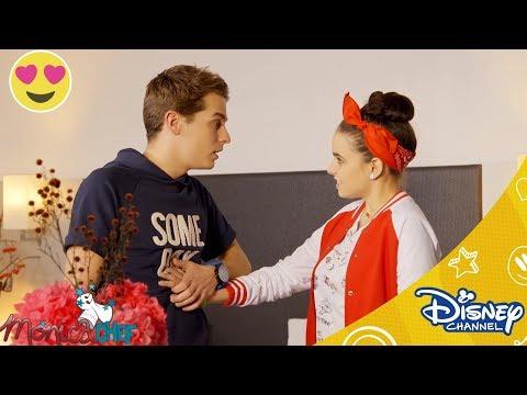 Monica Chef | Riki helpt Monica | Disney Channel NL