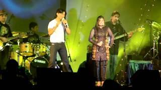 """""""Wo Ladki Hai Kahan"""" by Shaan & Aishwarya"""