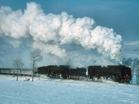 Chinese Steam: Jing Peng Pass in snow - QJ's on the Eastern side - Part 1