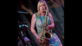 Download Who DID play the Sax Solo on Gerry Rafferty's Baker Street? Mp3 and Videos