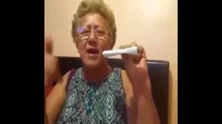 Molestando a Mamá parte 5