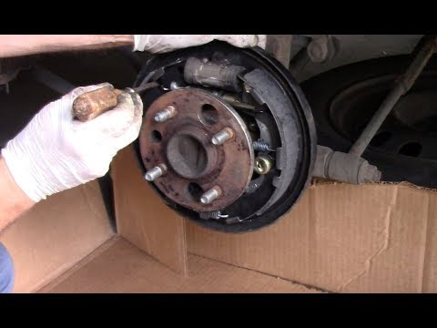 How To Replace Rear Brake Shoes 1995-2010 Toyota Corolla