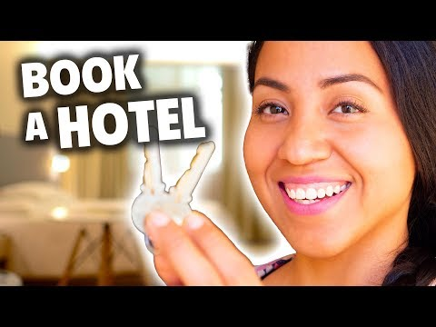 How to Make a Hotel Reservation in Spanish [Phrases for Booking a Room and More]