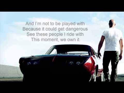 2 Chainz We Own It ft. Wiz Khalifa [Lyrics On Screen]