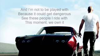 2 Chainz We Own It ft. Wiz Khalifa [Lyrics On Screen]