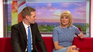 Louise Minchin   Blue Dress (News Flash!)