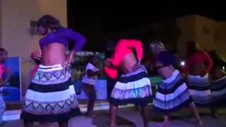 Funny Fijian soldiers perform Desi girl