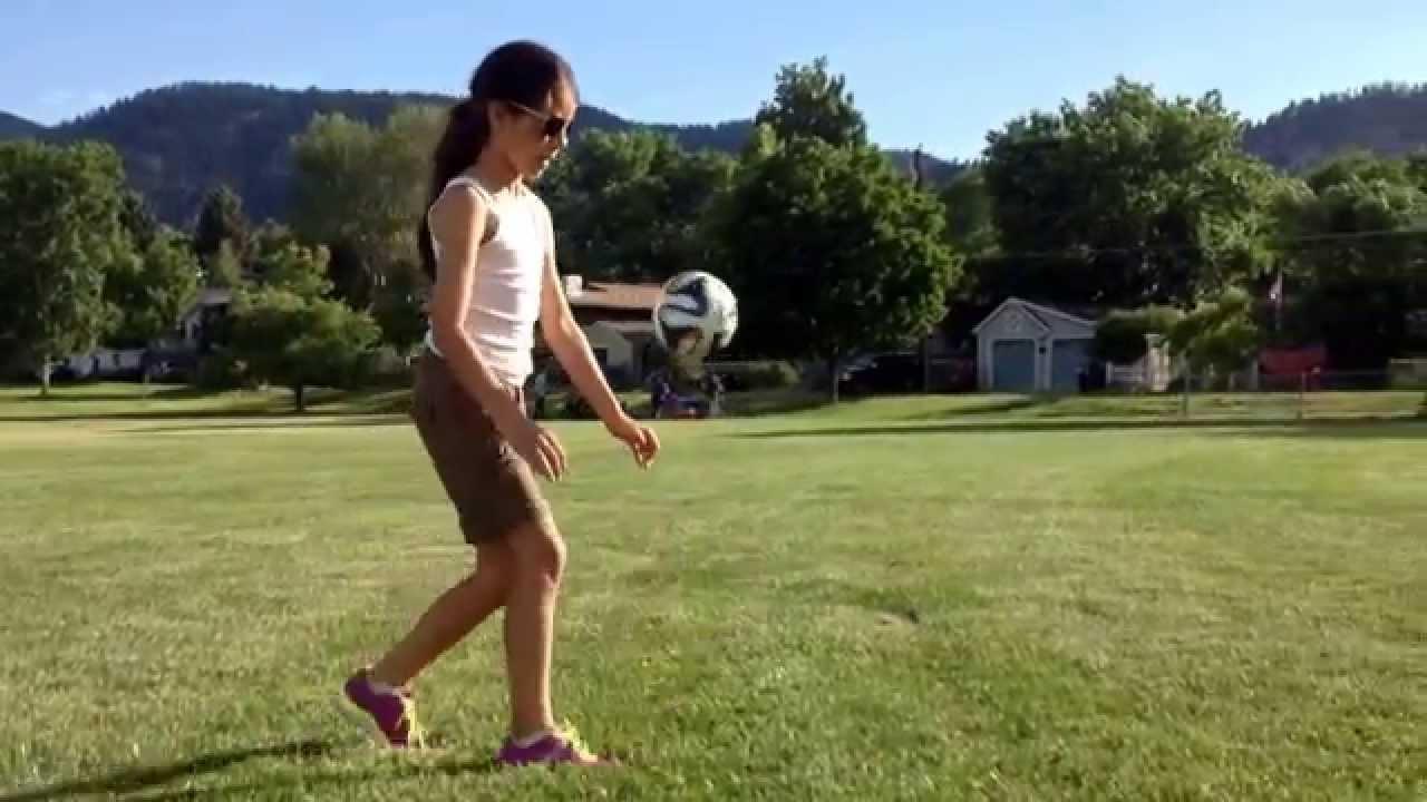 Size 1 Ball Soccer Juggling - Boulder, CO - YouTube