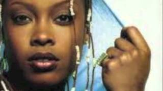 Watch Da Brat Look At Me Now video