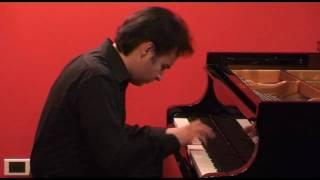 MOZART, Sonata K.331 - I. Andante grazioso (Alberto Lodoletti, piano)