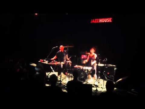 Xiu Xiu - Lawrence Liquors @ Jazzhouse, Copenhagen (24th of May, 2014)