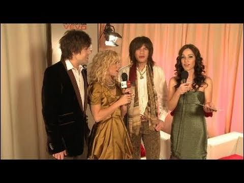AMA 2010 Backstage Interview with The Band Perry 2